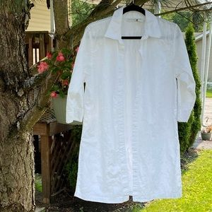 White Floral Embroidered Button Up Tunic